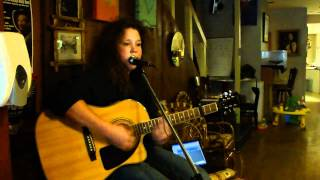 Emily Hudson- Blister In The Sun (Violent Femmes Cover) Live from The Alpha Lounge