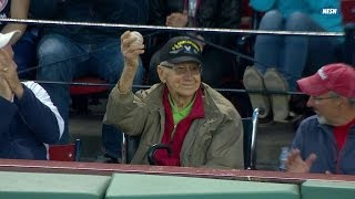 Ballgirl gives foul ball to WWII veteran