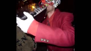 Johny Gumble - Red Wine Produção: Rob, Masterização e Edição: SuperBad