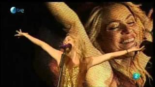 Shakira - Sale el sol en vivo (LIVE) 2011