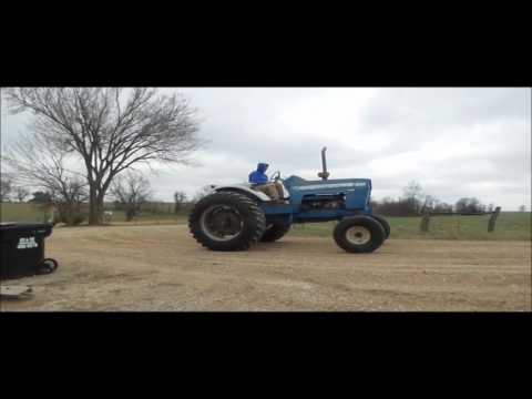 Ford 8000 tractor for sale | no-reserve Internet auction April 19, 2017