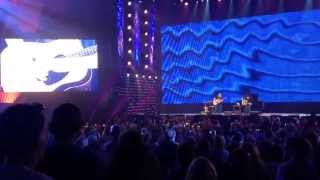 Dave Matthews & Tim Reynolds at Farm Aid 2013 ... Absolutely incredible acoustic duo ... Wow!