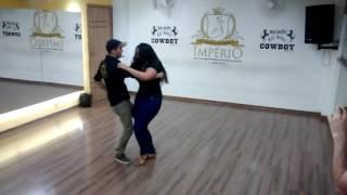 Dançando Vibradinho Sertanejo - Pedro Paulo & Alex Música - De Capacete e Colete
