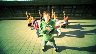 Ian Thomas Baby met danzAteljee dansers