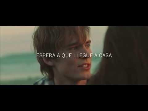 Photograph En Espanol de Ed Sheeran Letra y Video