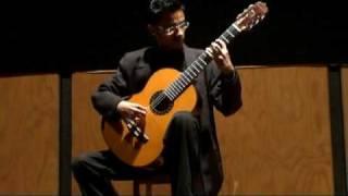"""Michael Cruz interpretando """"Danza del Altiplano"""""""