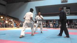 Karate white belt vs  Black Belt / First Experience