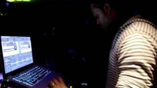 Dj Virus in concert in MACUMBA (France) Nelson Freitas 11th february 2011
