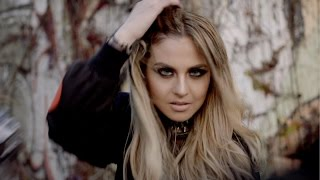 Xenia Ghali Feat. Raquel Castro - Places (Official Video)