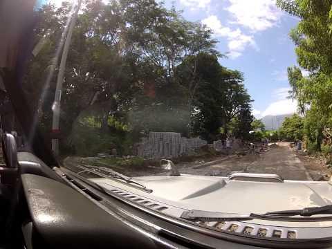 Greenpathways Tours Nicaragua -Ometepe Island – repairing the road