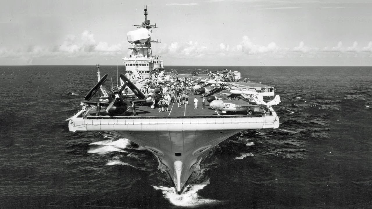 The Fake US Aircraft Carrier - Code Named USS Robin