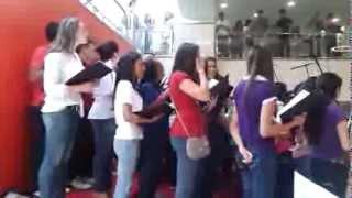 Coral Uninove - O Som da Pessoa - Apresentação no Shopping Eldorado (1/9)