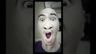Homem imitando sirenes
