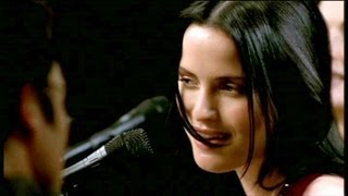THE CORRS BREATHLESS (LIVE)
