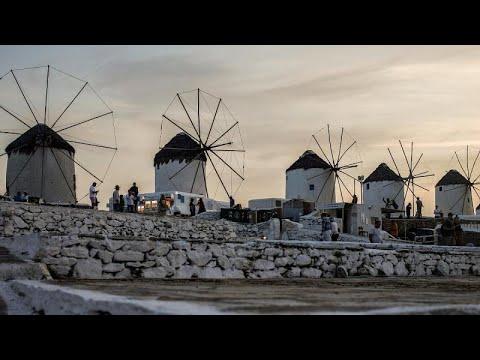 Música proibida e recolher obrigatório de madrugada em Mykonos