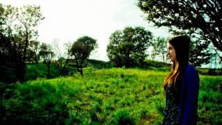 Vanessa Zamora - A little Bit (Lykke Li Cover)