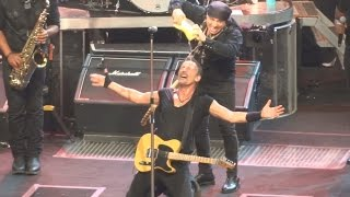 Bruce Springsteen - SHOUT - Uncasville - Mohegan Sun May 17th 2014