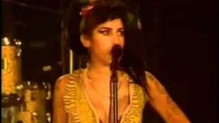 Amy Winehouse - Me & Mr Jones Live In Madrid (Rock In Rio 2008)