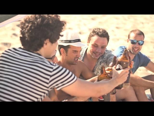"""Video oficial de """"Mero"""" de Assekes"""