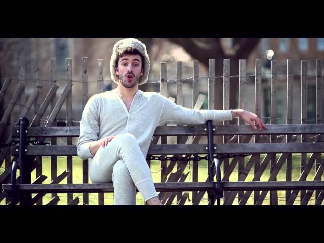 Videoclip oficial de 'I'm Not Famous', de AJR.
