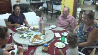 rebeca mandando na sala de jantar 21 de abril 2015 niver abuela