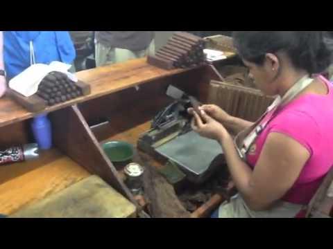 Drew Estate Cigar Safari Part 17: Rolling a Cigar at the Joya de Nicaragua