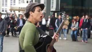 mercedes benz - janis joplin cover amazing street musician deva bosse - Sony ILCE-QX1 SmartShot