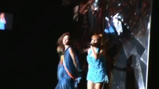 2NE1 New Evolution fancam [Scream]