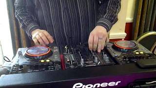 Dj EZ live at Holiday inn Uk