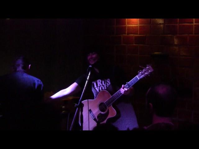 Vídeo de un concierto en La Yesería.