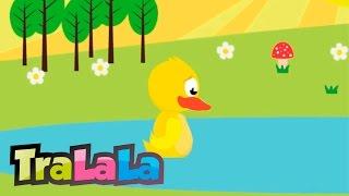 O rățușcă stă pe lac (cu versuri) - Cântece pentru copii | TraLaLa