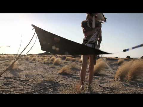 gus-black-summer-dress-music-video-hd-gino-cosmic-sailor