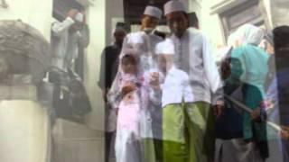 Habib Asyhari Al Adzomat Khon   Ziarah ke Makam Sunan Bayat
