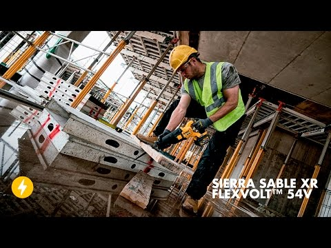 Descubre la nueva Sierra Sable 54V XR FLEXVOLT™ de DEWALT