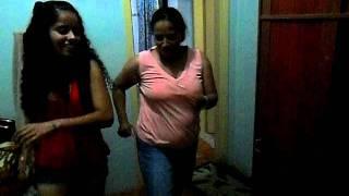 Danza Kuduro com Marí Santos' e Mãe