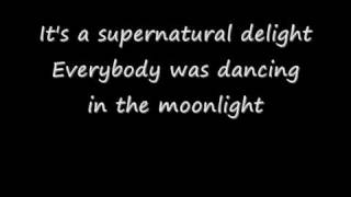 King Harvest - Dancing In The Moonlight (with lyrics)