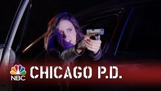 Chicago PD - Lindsay's Dangerous Gamble (Episode Highlight)