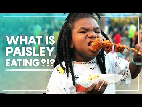 What is Paisley Eating?!?   Strange Fried Fair Foods
