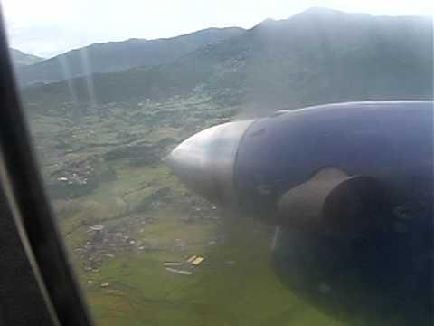 Nepal: Kathmandu airport landing