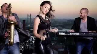 Maya Berovic - Decko za provod - (Official Video ARTWORK 2014)