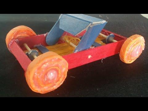 如何用冰棒棍製作橡皮筋動力車 - YouTube