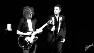 THE KILLERS- I CAN´T HELP FALLING IN LOVE WITH YOU (Presley Cover)