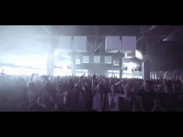 Videoclip oficial de 'Hypest Hype', de Chase & Status y Tinie Tempah.