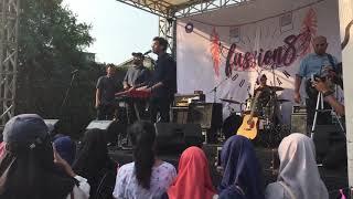 Ardhito Pramono - Happiness (Rex Orange County cover) @ SMA 5 Bekasi