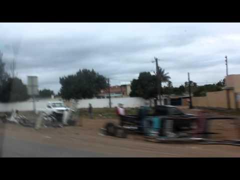 Maputo – Quartier des garagistes.MOV