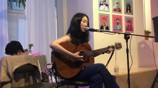 김사월 - 프라하 (17.06.22 유월에 만나는 사월) at 모모뮤