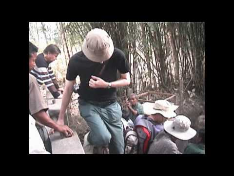 Nepal Elephant Hunt in Chitwan National Park