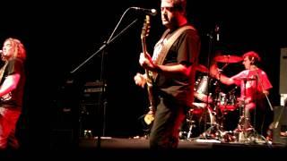 reincidentes sheena is a punk rocker en chile