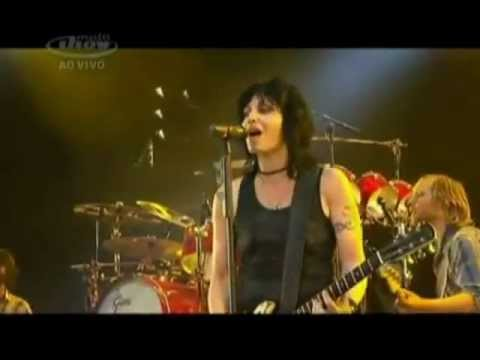 joan-jett-i-love-rocknroll-feat-foo-fighters-lollapalooza-brasil-joanjettlollabr
