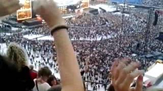 Bon jovi raise your hands ( live in san siro 2013)